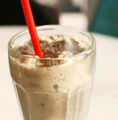 Milk Chocolate Peanut Butter Cup - Shakes for Weight Loss - Isagenix.com