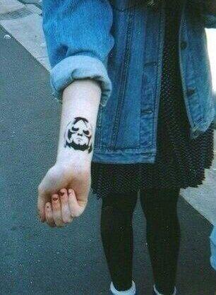 Kurt Cobain grunge tattoo                                                       …