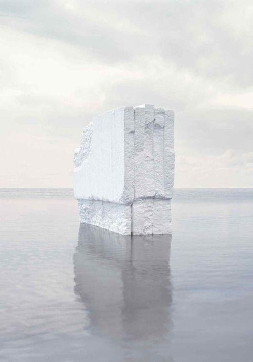 Noémie Goudal, Iceberg (Detail), 2012