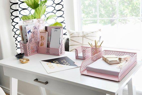 Pretty Workspace Home Office In 2020 Cute Desk Organization Cute Office Desk Accessories Desk Organizer Set