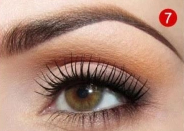 Perfect eye makeup for the bride that wants something soft, natural and low-key but still pretty :)
