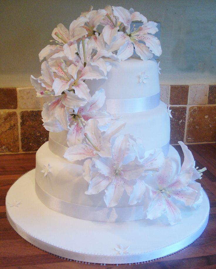 Cake Decorating Stockists Uk : 33 best images about Sugar Flower Cake Ideas on Pinterest ...