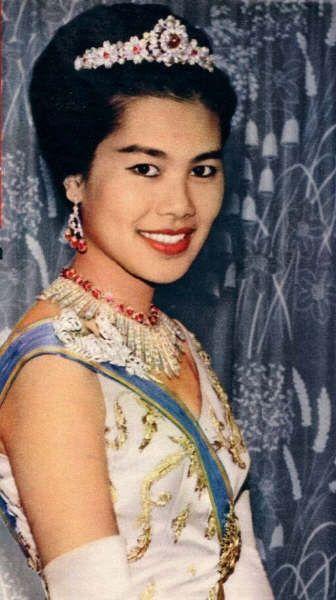 La reina Sirikit de Tailandia