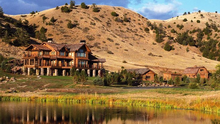 Covering in excess of 5,200 acres, the charming Grey Cliffs Ranch is an…