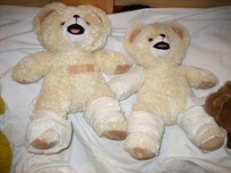 in de ziekenhuishoek worden de knuffels verzorgd