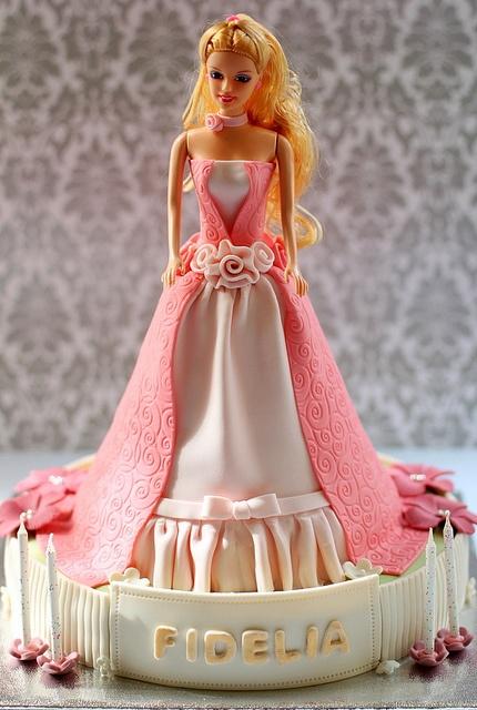 Barbie Fondant Cake Images : Barbie Fondant Cake Barbie Doll Fondant Cakes ...