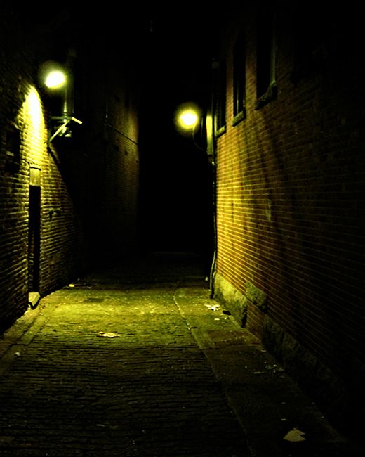 dark alleyway - Google Search   Bacchae Design   Dark ...