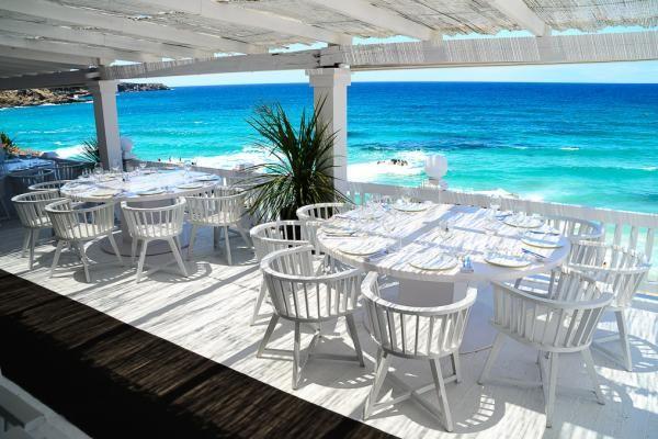 Terrasse avec vue panoramique sur la Méditerranée au Cotton Beach Club   © Cotton Beach Club