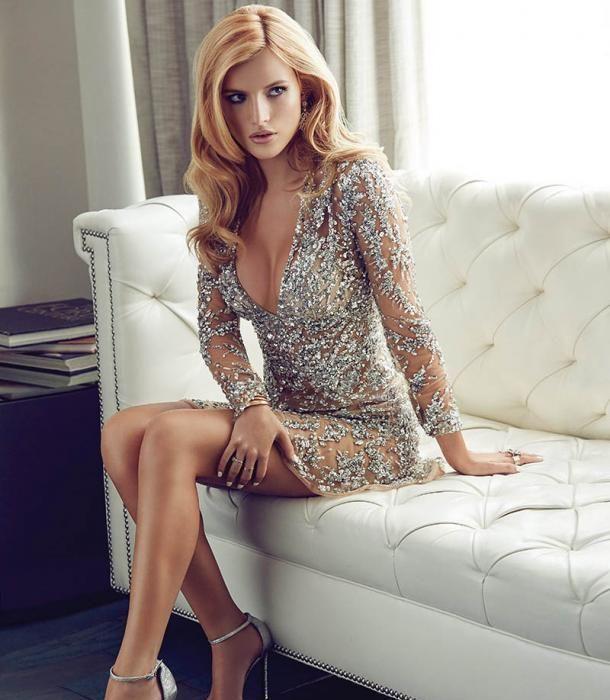 Je suis reconnaissante pour Bella Thorne dans le Magazine Glamour - HD Photo