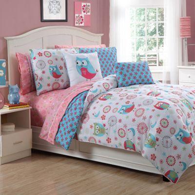 Emily Reversible Complete Comforter Set - BedBathandBeyond.com