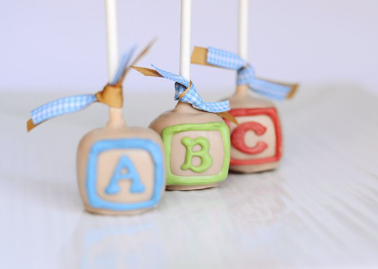 12 best images about baby blocks cake on pinterest abc for Alphabet blocks cake decoration