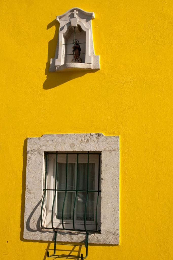 Janela na Rua do Paço do Lumiar, Lisboa