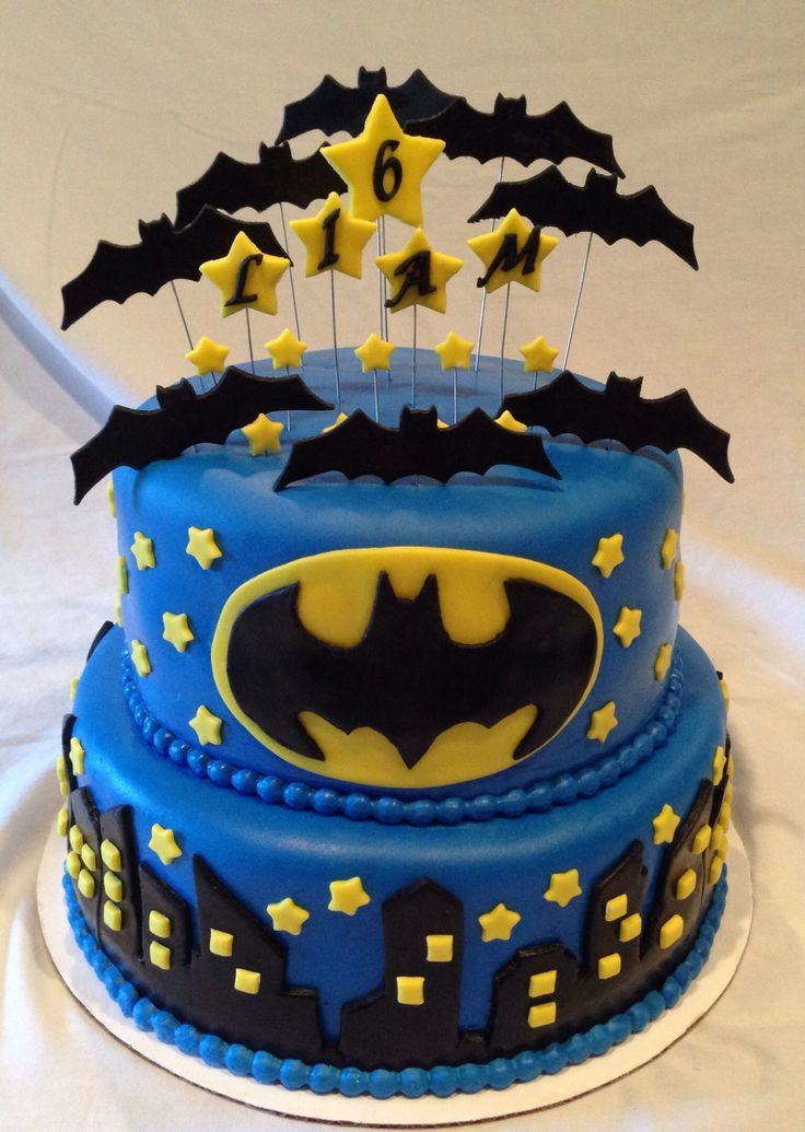 bats everywhere on cake