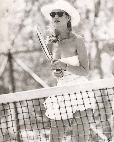 """Perfect Bliss"", Vogue UK, July 1991Photographer: Arthur ElgortModel: Claudia Schiffer"