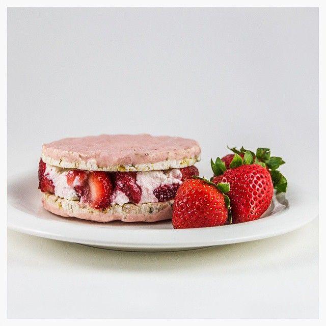 Element Strawberry Rice Cakes