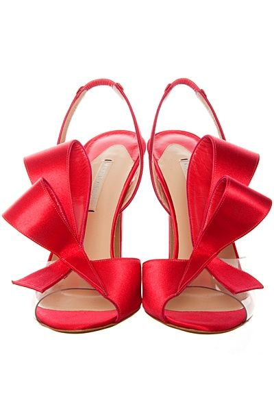 hot heels with #bow ~ Colette Le Mason @}-,-;---
