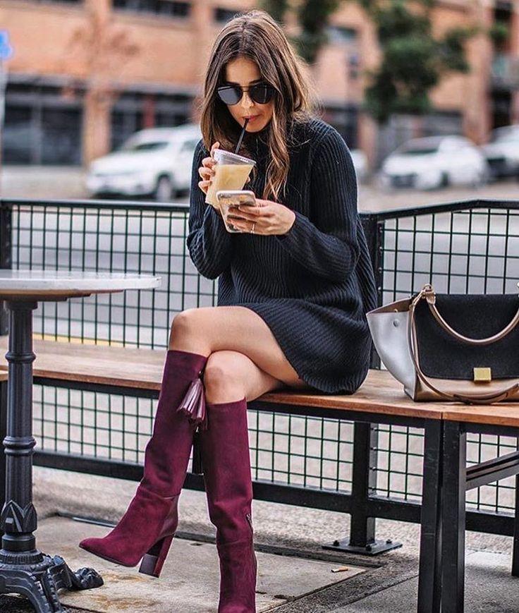 Diz üstü çizmeler en güzel kış elbiseleri ile oluyor. 👌🏼 Editörün seçimi kışlık elbiseler için link instagram profilimizde👆🏼📷: @blankitinerary #inspiration #fashionblogger #dress  #fall #winter #streetstyle #outfitoftheday #lookoftheday #fashion #fashiongram #style #love #beautiful #lookbook #wiwt #whatiwore