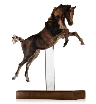 Amazing sculpture by April Shepherd - one for the living room I think...