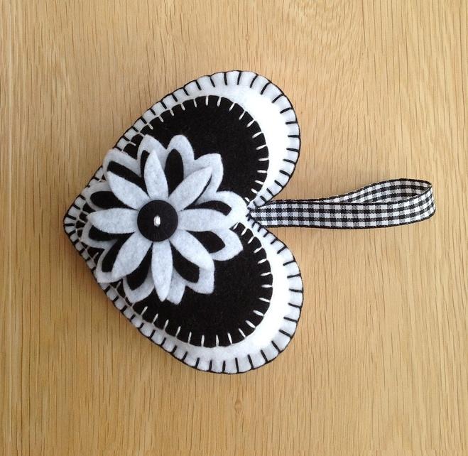 White & Black Felt Heart Shaped Door Hanger £4.50