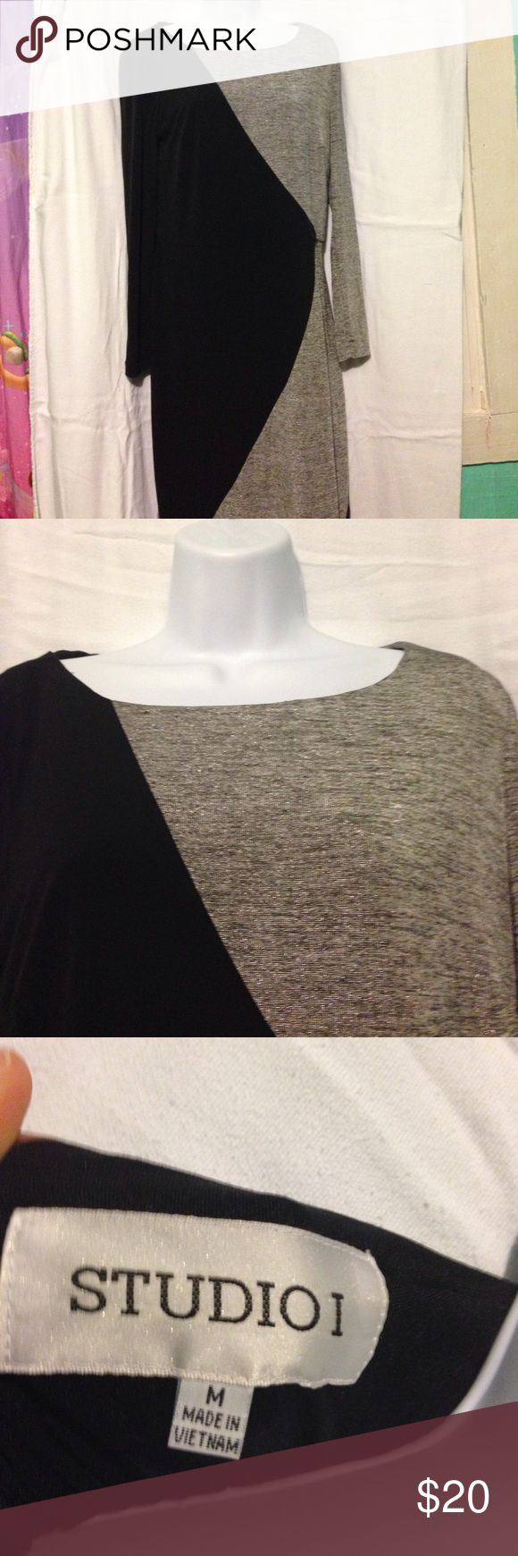 Long sleeve sparkle dress This is a long sleeve dress. It is from the company studio one. It is a size medium. Is this size medium and has barely been worn so kind about his brand new. Studio One Dresses Long Sleeve