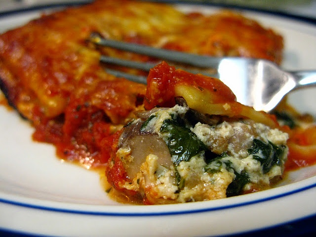 Sausage, Spinach & Mushroom Manicotti (you can fill it w/just about ...