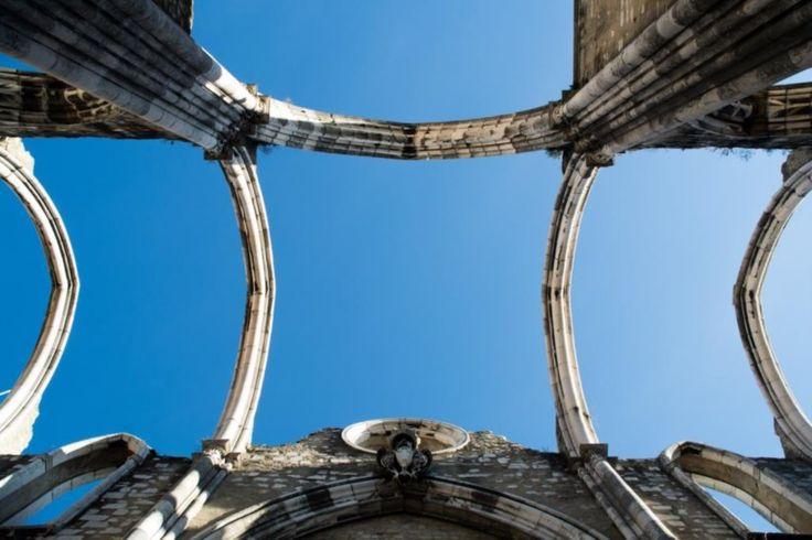 Convento do Carmo em Lisboa foi destruído durante o terramoto