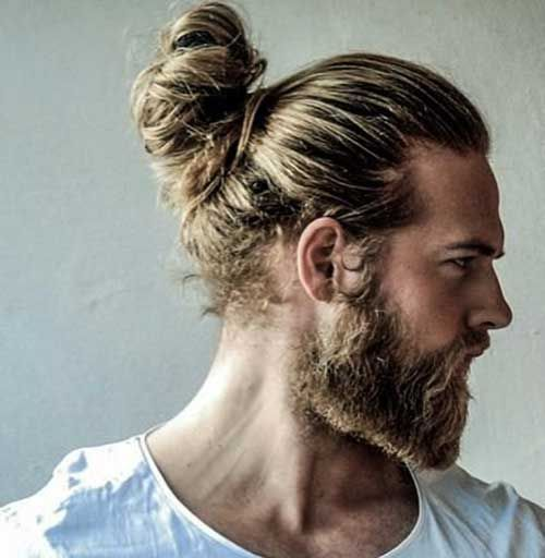 20.Mens Long Hairstyle 2015 http://www.99wtf.net/men/style-medium-length-hairstyles-men/