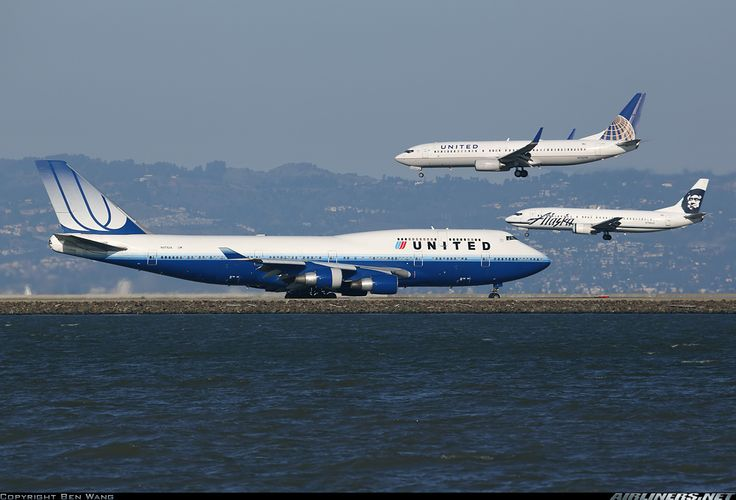 Airplane Flying Boeing 747 | Photos: Boeing 747-422 Aircraft Pictures | Airliners.net