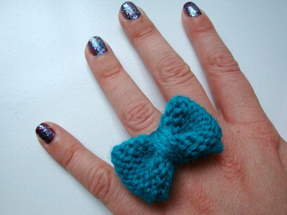 Knitted Mabel Bow // Turquoise Adjustable Bow by hellobettybow, £3.00