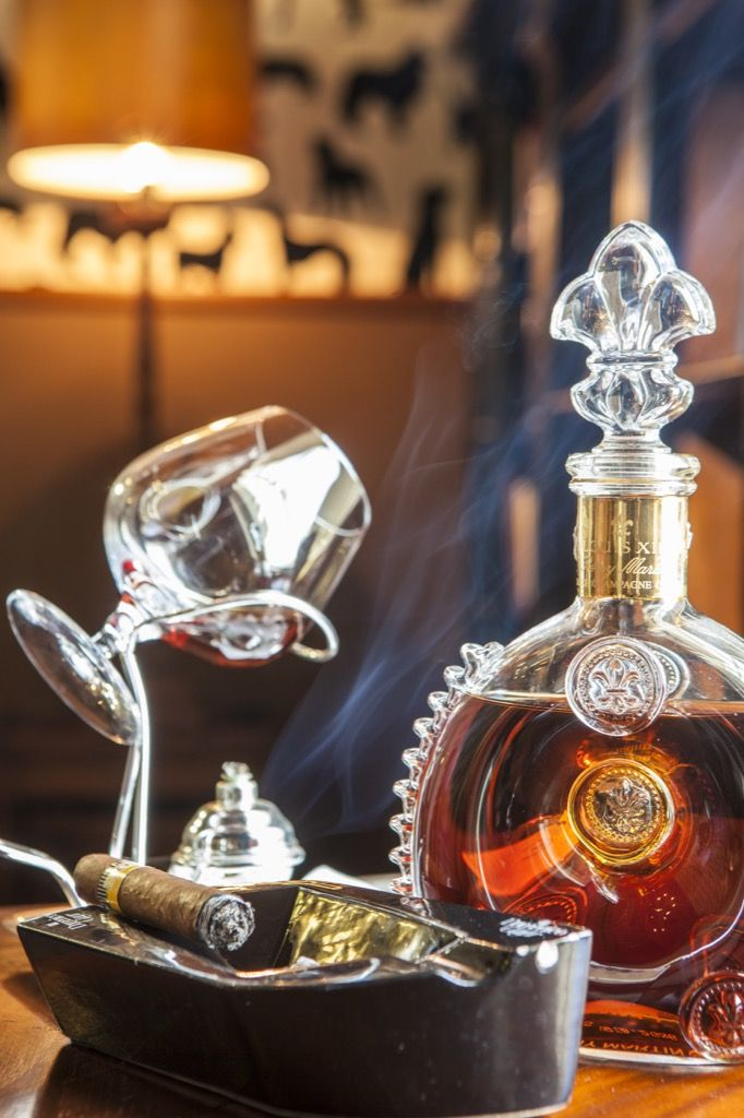 Cognac and cigar for gentlemen