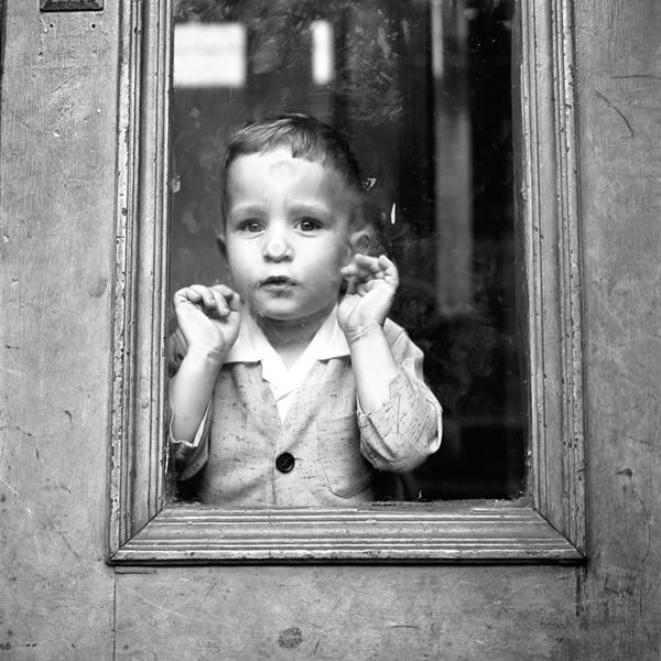 Vivian Maier - Inspiration from Masters of Photography - 121Clicks.com