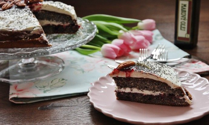 Zdravý makový dort bez mouky a cukru