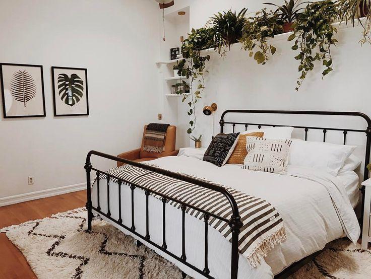 Best 25+ Metal Bed Frames Ideas On Pinterest