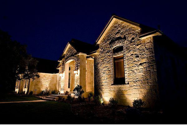 How To Choose Outdoor Lighting Create Focal Points