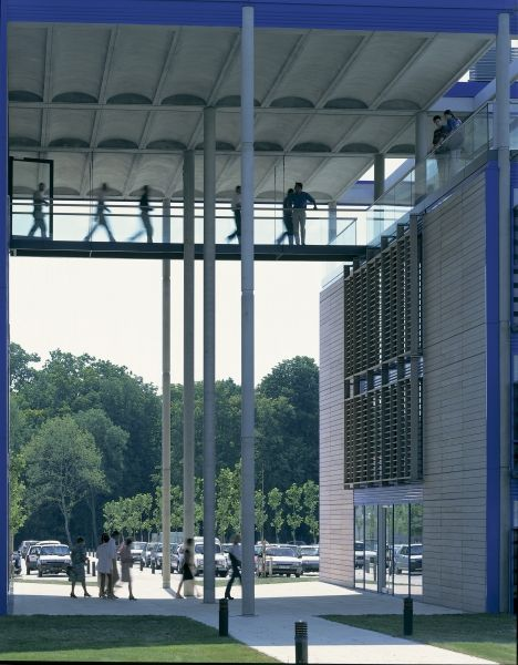 Electricité de France Regional Headquarters, Bordeaux, France, 1992-1996   © Foster + Partners