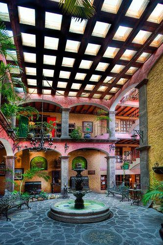 Hotel Posada de las Flores in Loreto, Mexico
