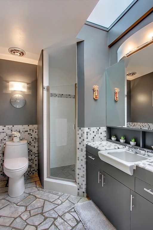 Love the stone floor and the tiles in coordinating colors.: Tile, Bathroom Ideas, House, Coordinating Colors