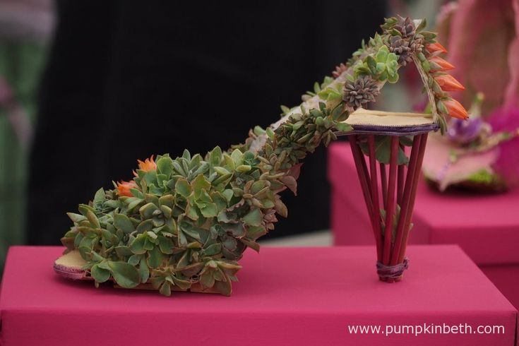 This beautiful green shoe has been specially made from natural materials, for…