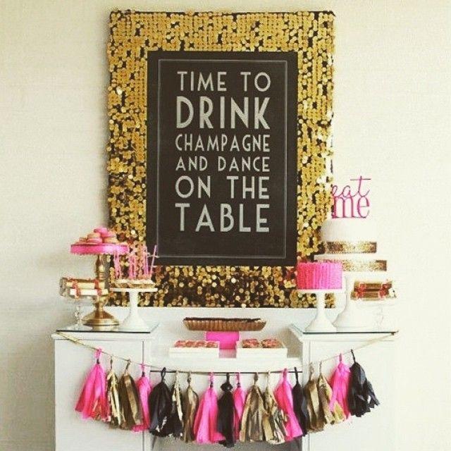 Время пить шампанское и танцевать на столе!) почему бы и нет? #иринаунгарова #декор #оформление #оформлениеодесса #одесса #стильныйдекор #стильноеоформление #стильныеднирождения #девичник #стильныепраздники #оформлениепраздников #фотозона #кендибар #красота