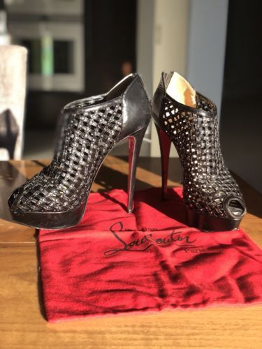 8d5ac6f1bed3 CHRISTIAN LOUBOUTIN Coussin 140 black basketweave net caged bootie heels  Size 41