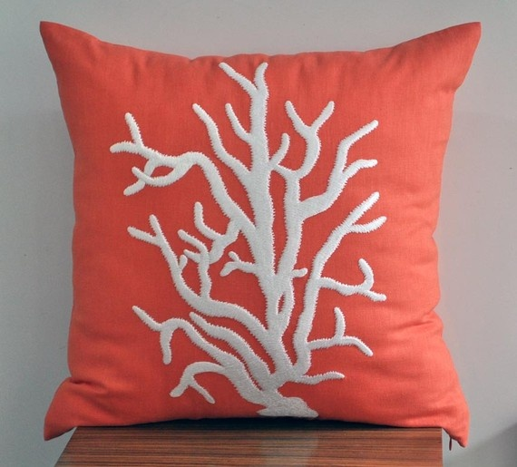 love coral...this would look amazing on my navy down comforter.