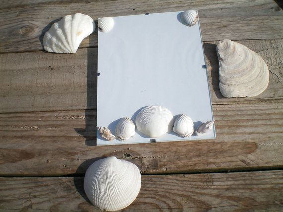 Seashell picture photo frame, unique photo frame, rustic beach picture frame, gift for her, Shabby chic photo frame, mermaid picture frame,
