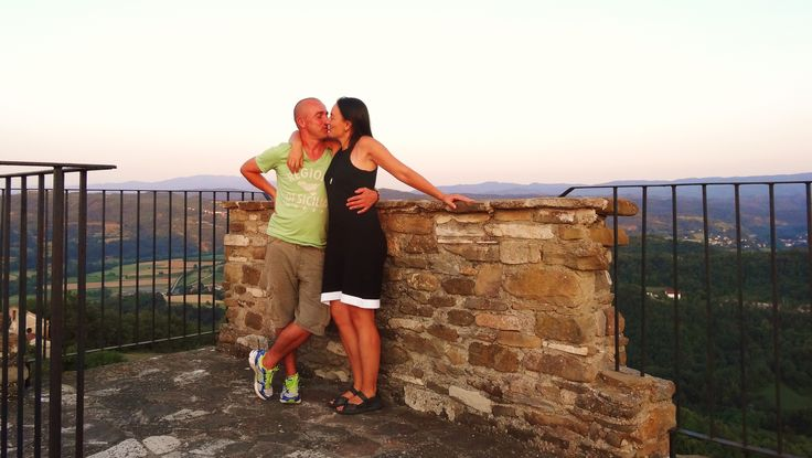 A romantic moment on top of the medieval tower of Merana.