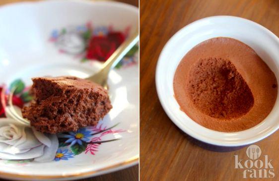 Deze hemelse modder mag terecht hemels genoemd worden, want wat is deze chocolademousse lekker!