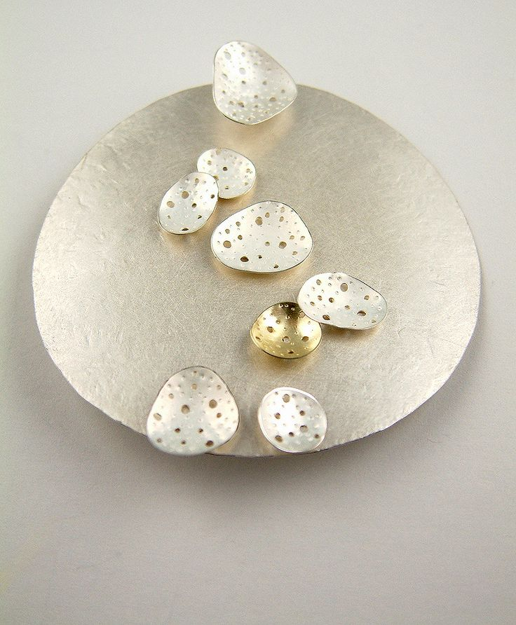 Brooch by @Kate Bajic from @madebyhandwales