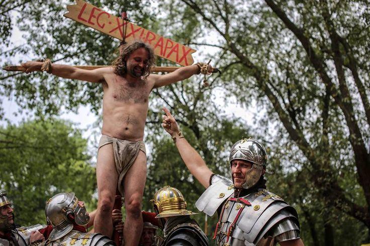 Legio XXI Rapax - a historical reenactment of Roman legion. Rekonstrukcja historyczna rzymskich legionów.