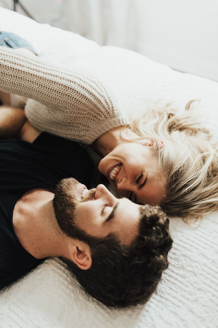 Seriously adorable and cosy newlywed photoshoot in bed   image byPeyton Rainey