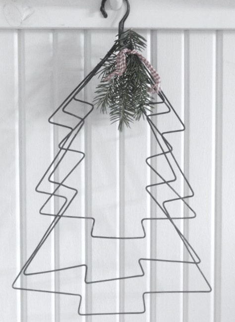 DIY Wire Christmas Trees | Decorate And Hang Anywhere