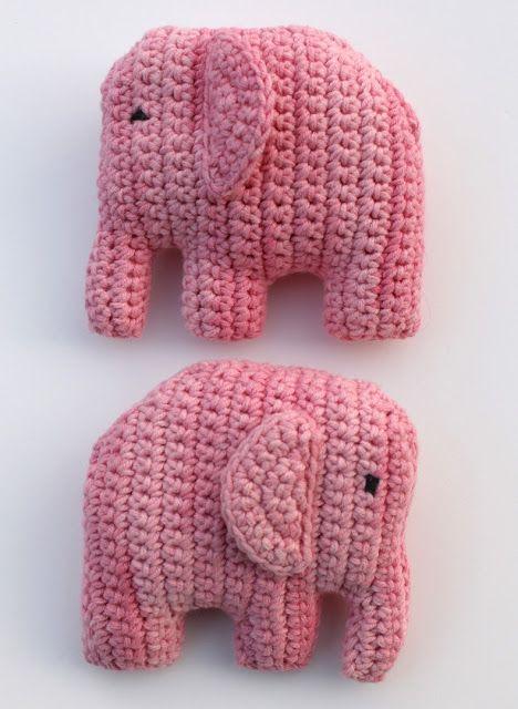 Voor een kraamkado heb ik twee schattige olifantjes gehaakt. Het gratis patroon staat op het blog van Emelie . Het patroon is in het Zw...