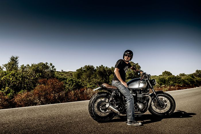 Macco Motros Cuando se piensa en motos transformadas a mano hay que hacerlo en Macco Motors. Sesión fotográfica de algunas de sus recientes creaciones para diversas publicaciones especializadas y nuevo proyecto web.  Para ver todas las imágenes: http://www.semimate.com/preview/macco-motors  #fotografía #macco #motors #motos #custom